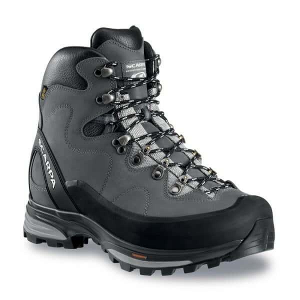 کفش یخ شکن